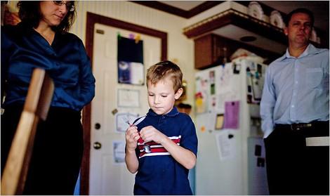 Schule verbannt Schüler, weil er ein Pfadfinder-Besteck dabei hat
