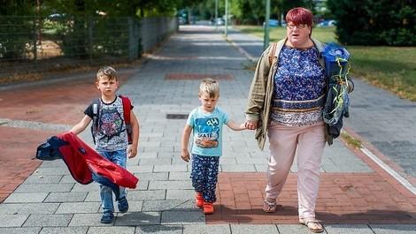 Kindesinobhutnahme: Wenn Mutter und Kind gleich nach der Geburt getrennt werden