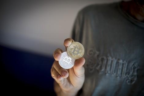 Keine Ahnung von Bitcoin und Cryptodingens? Eine Fortbildung in 5 Podcasts und 19 Twitter Accounts.