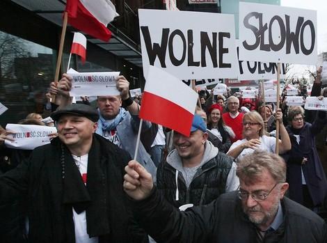 Kann die EU Polens Rechtsnationalisten bremsen?
