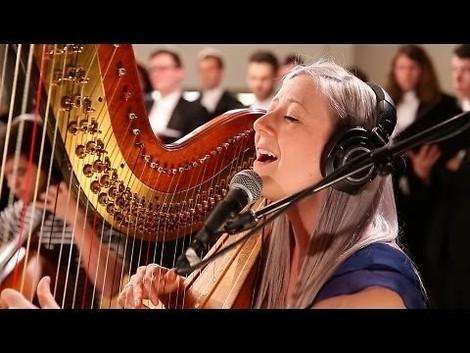 Indie mit Harfe und Chor?