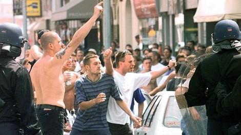 Hooligans  -  Die Schande von Lens