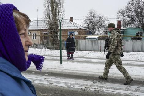 Gurken und Stacheldraht. Fotoreportage aus dem ukrainisch-russischen Grenzdorf