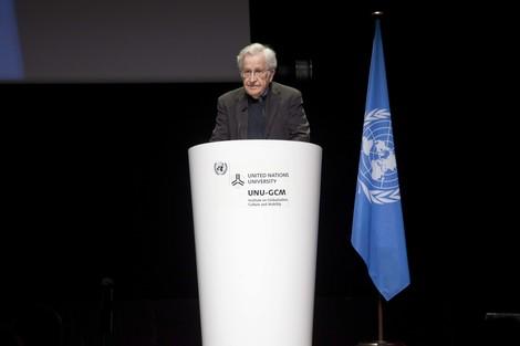 Chomsky: Die Verantwortung des Westens für die Ursachen der Flüchtlingskrise