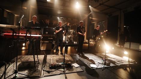 """Kettcar im Bauhaus Dessau: Ein Mitschnitt der Indie-Rock-Band – plus Subtext zum Album """"Ich vs. Wir"""""""