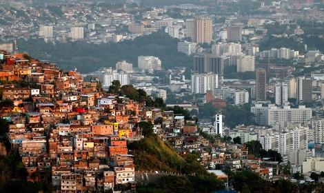 Folter, Morde, Gewalt: Digitaler Drogenkrieg in Rio de Janeiro