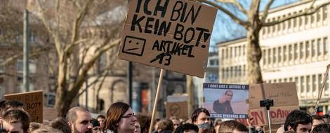 Netzwelt-Rückblick März: 30 Jahre WWW, Urheberrechtsreform ist durch, Mord live im Netz