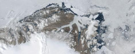 Arktisches Meereis zeigt weitere Auflösungserscheinungen