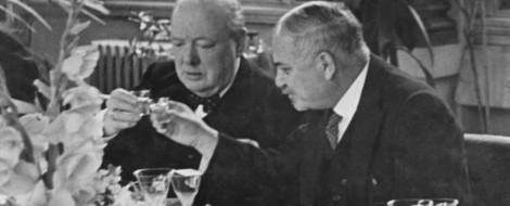 Churchill hat viel Alkohol getrunken. Sehr viel.