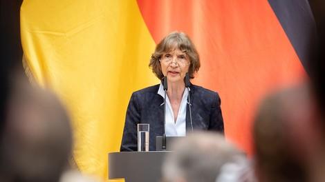 """""""Die Nation zurückerobern"""": Vortrag der Kulturwissenschaftlerin Aleida Assmann"""